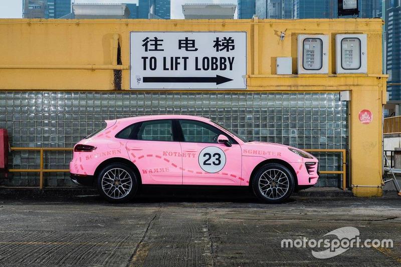"""Porsche Macan """"Pink Pig"""""""