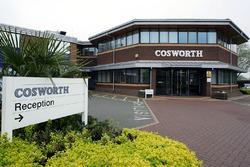 La fabbrica della Cosworth a Northampton