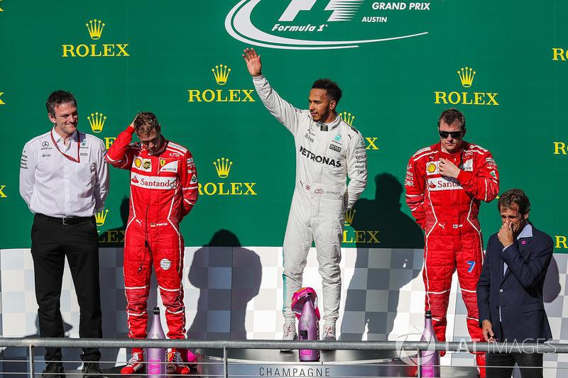 James Allison, Mercedes Technical Director, race winner Lewis Hamilton, Mercedes AMG F1, second place Sebastian Vettel, third place Kimi Raikkonen, Ferrari celebrate on the podium