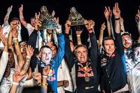 Переможці- #303 Peugeot Sport Peugeot 3008 DKR: Карлос Сайнс, Лукас Крус