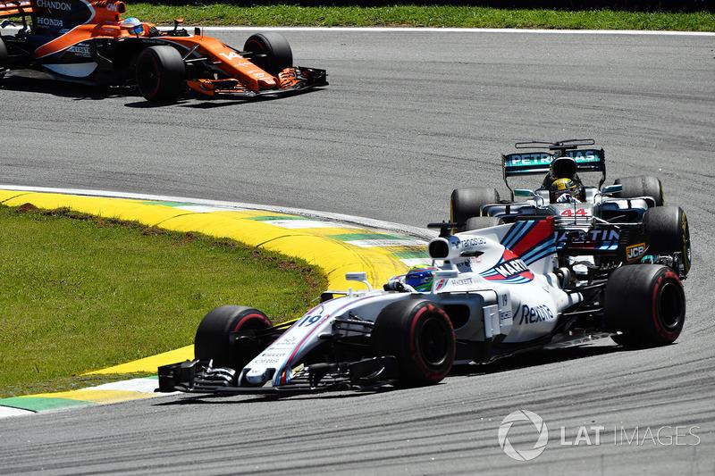 Lewis Hamilton, Mercedes-Benz F1 W08 ve Felipe Massa, Williams FW40