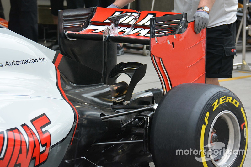 Haas F1 Team VF-16, Detail am Heckflügel
