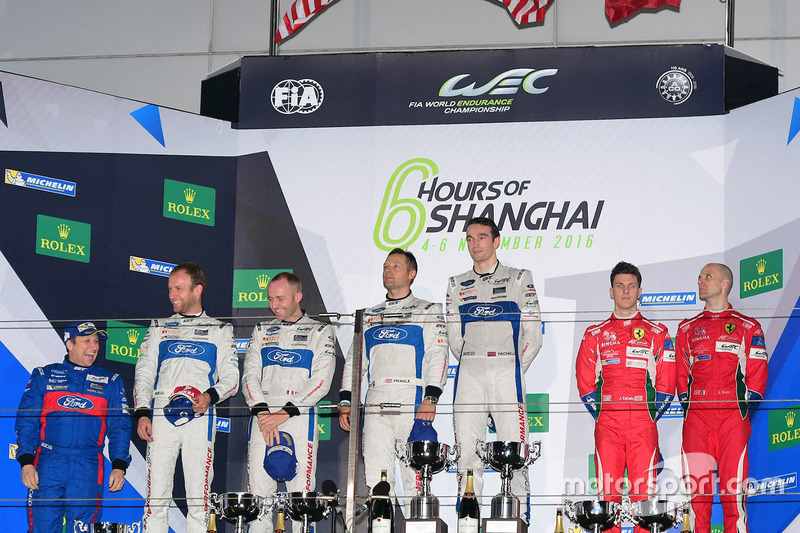 Podium GTE-Pro: 1. #67 Ford Chip Ganassi Racing Team UK, Ford GT: Andy Priaulx, Harry Tincknell; 2.