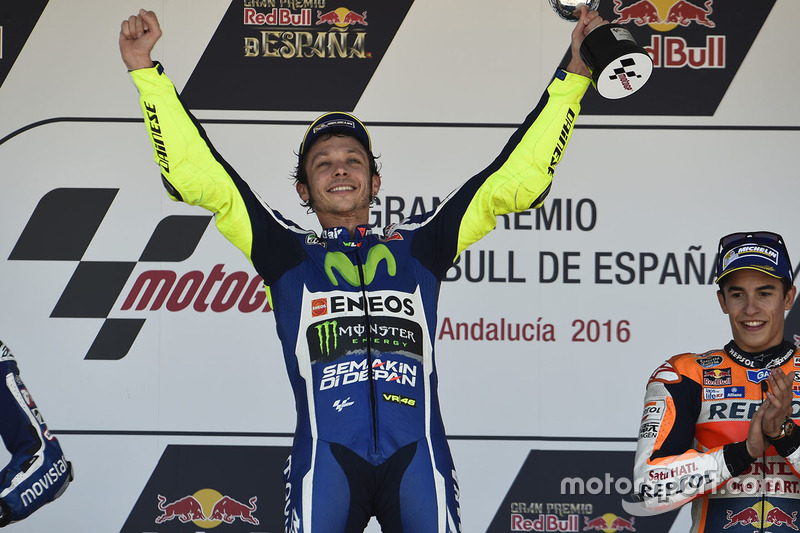 Podium: winner Valentino Rossi, Yamaha Factory Racing
