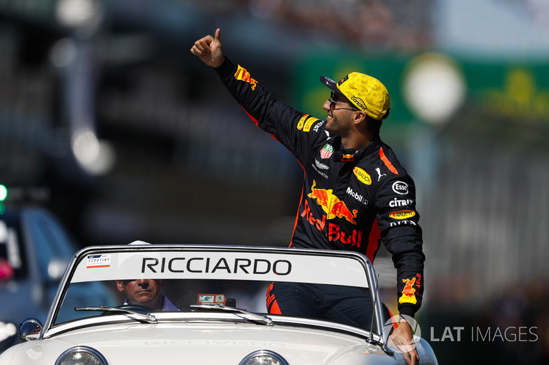 Daniel Ricciardo, Red Bull Racing, in the drivers parade