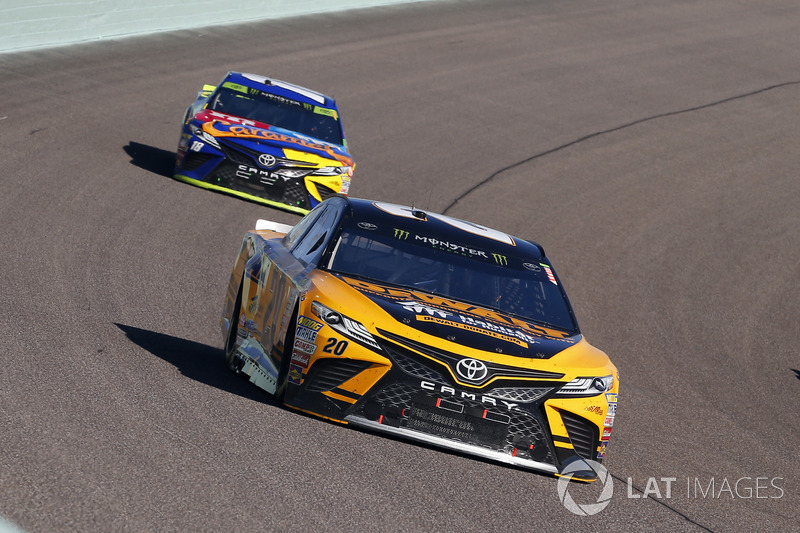 Matt Kenseth, Joe Gibbs Racing Toyota, Kyle Busch, Joe Gibbs Racing Toyota