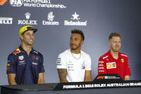 Daniel Ricciardo, Red Bull Racing, Lewis Hamilton, Mercedes AMG F1, and Sebastian Vettel, Ferrari, in the Thursday drivers Press Conference
