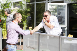 Zak Brown, Executive Director, McLaren Technology Group, with Cyril Abiteboul, Managing Director, Re