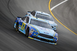 Ricky Stenhouse Jr., Roush Fenway Racing, Ford Fusion Fifth Third Bank and Kevin Harvick, Stewart-Haas Racing, Ford Fusion Busch Light