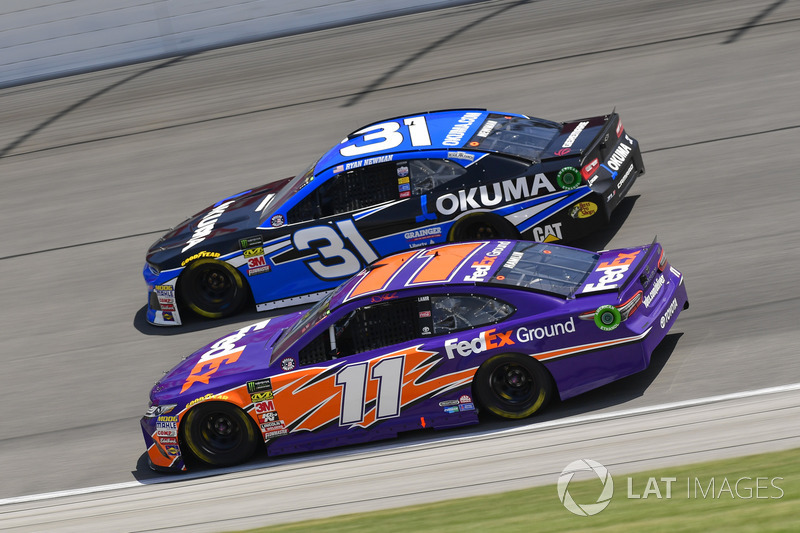 Denny Hamlin, Joe Gibbs Racing, Toyota Camry FedEx Ground, Ryan Newman, Richard Childress Racing, Chevrolet Camaro