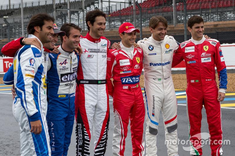 Brazilian drivers group photo