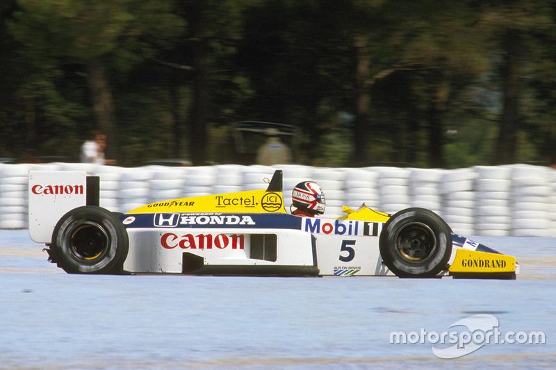 A primeira foi em 1986, quando sofreu uma derrota dramática para Alain Prost em Adelaide.