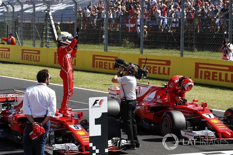 Sebastian Vettel, Ferrari SF70H, y Kimi Raikkonen, Ferrari
