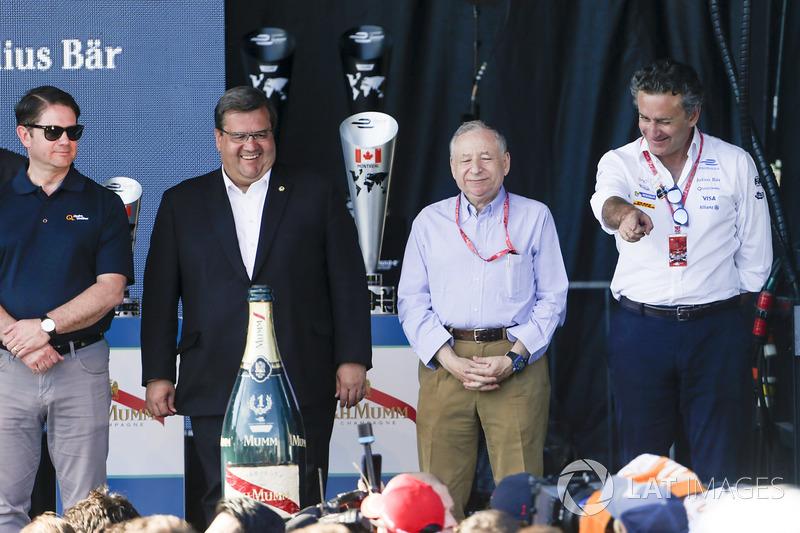 دينيس كودير، عمدة مونتريال وجان تود، رئيس الإتحاد الدولي وأليخاندرو عجاج، الرئيس التنفيذي للفورمولا إي