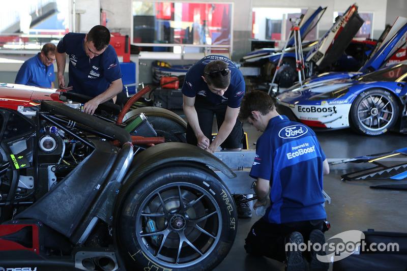 Chip Ganassi Racing Ford GT miembros del equipo