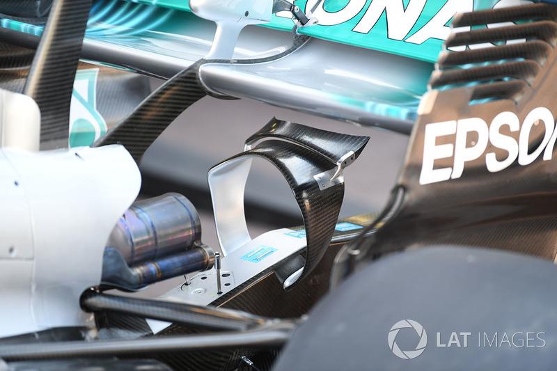 Détail de l'aileron arrière de la Mercedes-Benz F1 W08 Hybrid