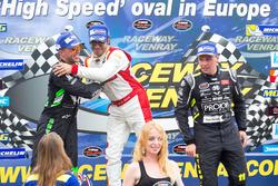 Podium: 1. Borja Garcia, Racers Motorsport, 2. Anthony Kumpen, PK-Carsport, 3. Stienes Longin, PK-Carsport
