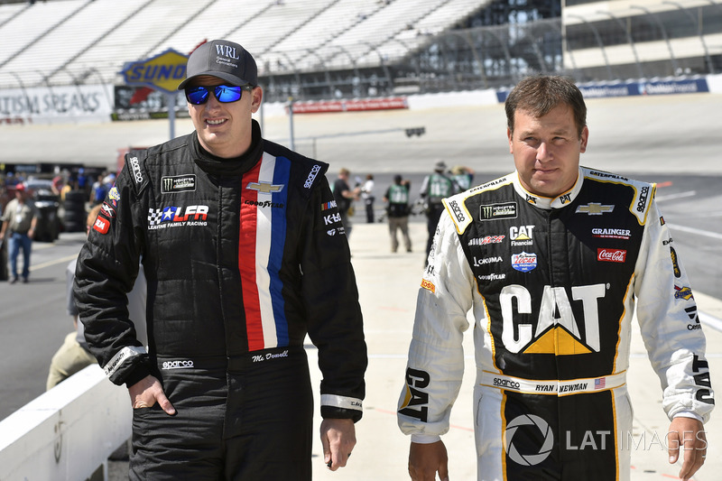 Michael McDowell, Leavine Family Racing, Chevrolet; Ryan Newman, Richard Childress Racing, Chevrolet