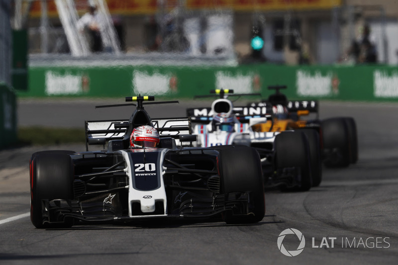 Kevin Magnussen, Haas, Lance Stroll, Williams and Nico Hulkenberg, Renault