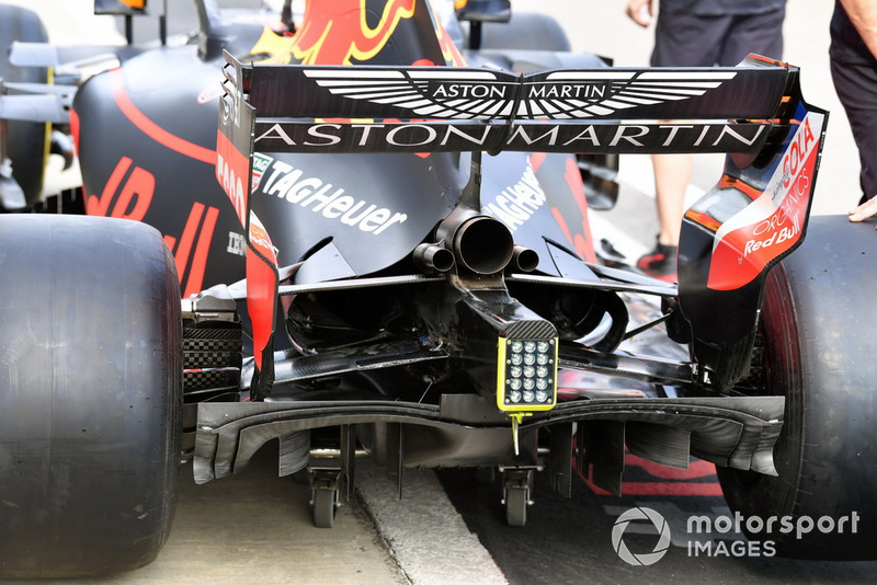 Red Bull Racing RB14 parte trasera