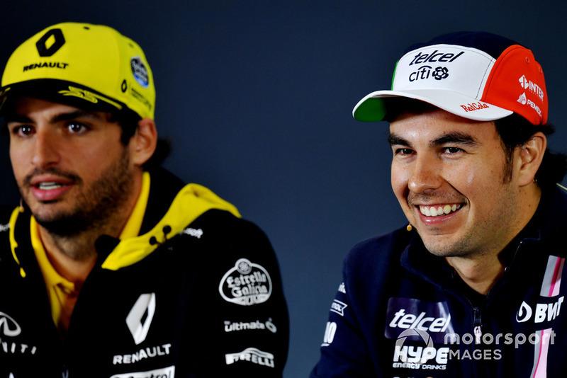 Carlos Sainz Jr., Renault Sport F1 Team y Sergio Pérez, Racing Point Force India F1 Team en la conferencia de prensa