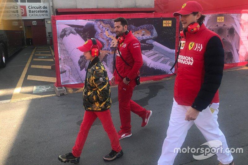 John Elkann, président de Ferrari et son fils