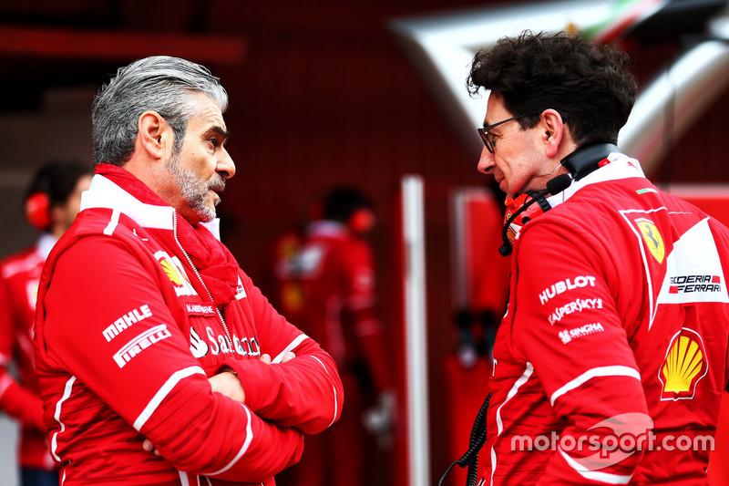 (Зліва направо): Мауріціо Аррівабене, керівник Ferrari Team, та Маттіа Бінотто, технічний директор F