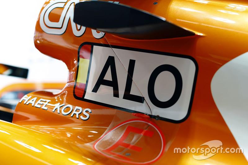 Nueva imagen en el coche de Fernando Alonso, McLaren MCL32