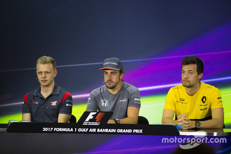 Kevin Magnussen, Haas F1 Team, Fernando Alonso, McLaren, and Jolyon Palmer, Renault Sport F1 Team Sport F1, in the press conference