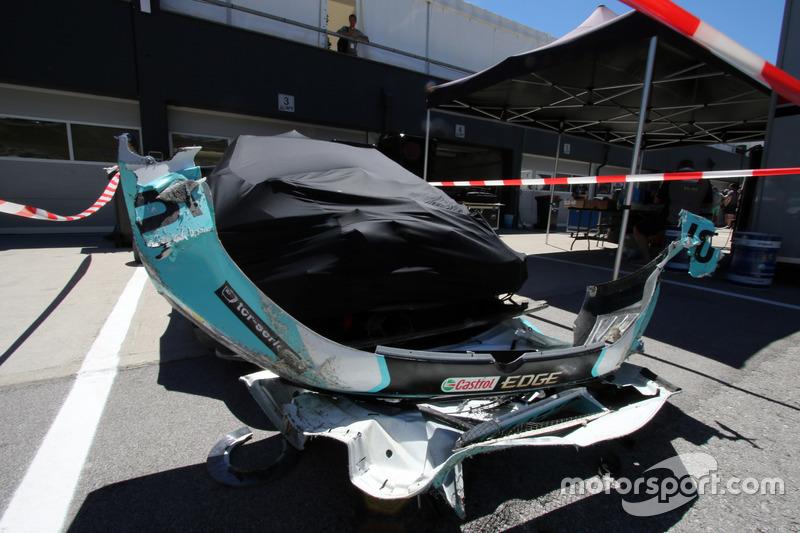 Volkswagen Golf GTi TCR Роба Хаффа после аварии, Leopard Racing Team WRT