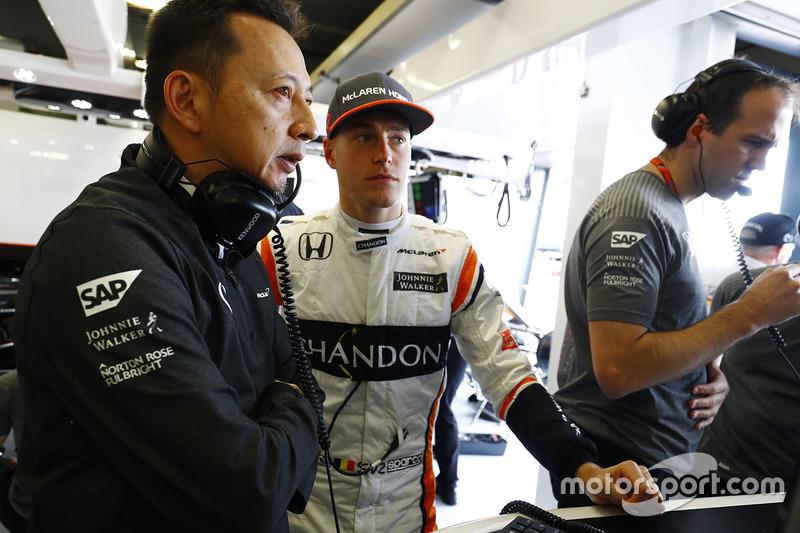 Yusuke Hasegawa, Honda-Projektleiter, mit Stoffel Vandoorne, McLaren