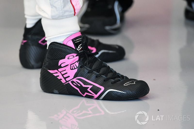 Sergio Perez, Sahara Force India, Alpinestars boots
