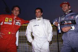 Gerhard Berger, Ferrari, Roland Ratzenberger, Simtek y Karl Wendlinger, Sauber