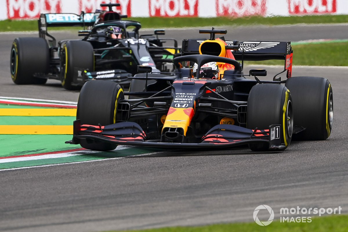 Max Verstappen, Red Bull Racing RB16, Lewis Hamilton, Mercedes F1 W11