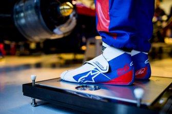 Chaussures de Daniil Kvyat, Scuderia Toro Rosso