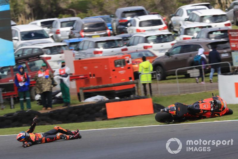 Bradley Smith, Red Bull KTM Factory Racing, caída