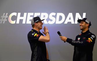 Max Verstappen, Red Bull Racing and Daniel Ricciardo, Red Bull Racing talk to the Red Bull Racing team
