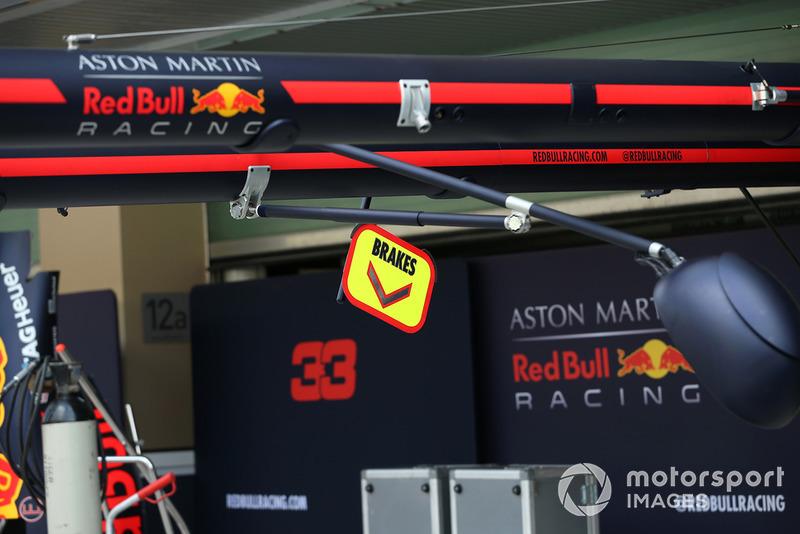 Garage Red Bull Racing