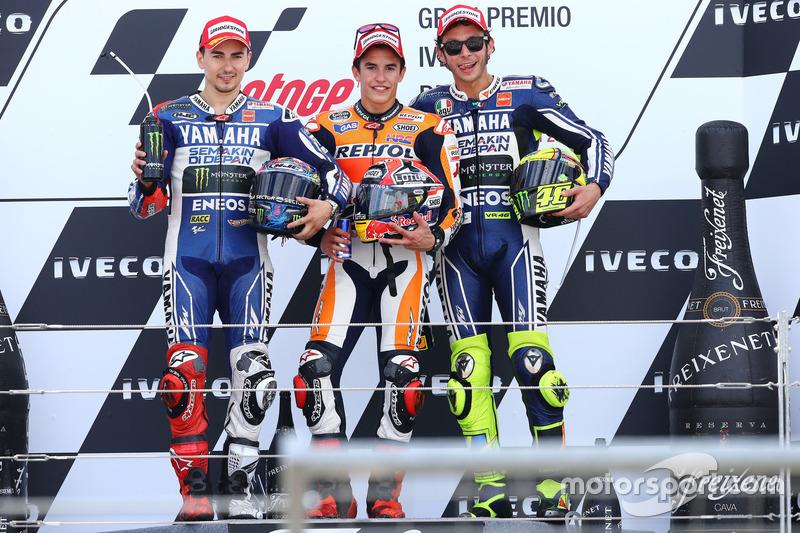 Podio: 1º Marc Márquez, 2º Jorge Lorenzo, 3º Valentino Rossi