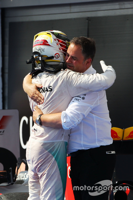 Race winner Lewis Hamilton, Mercedes AMG F1 celebrates in parc ferme with Ron Meadows, Mercedes GP Team Manager