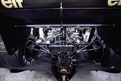 Vista posterior del Lotus 98T Renault