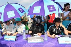 Oliver Turvey, NIO Formula E Team, Luca Filippi, NIO Formula E Team, the EJ amd Nicolas Prost, Renault e.Dams, sign autographs for fans