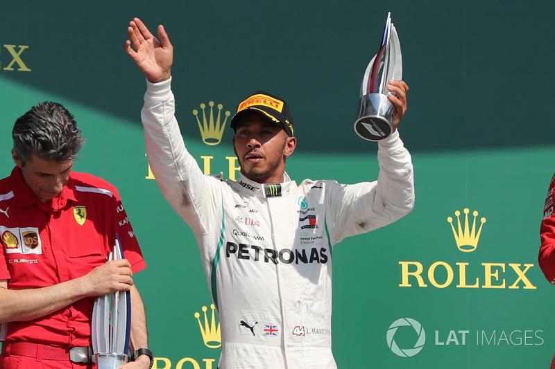 P2: Lewis Hamilton, Mercedes-AMG F1 W09