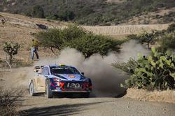 Andreas Mikkelsen, Anders Jæger, Hyundai Motorsport Hyundai i20 Coupe WRC  Worldwide copyright: Hyundai Motorsport GmbH