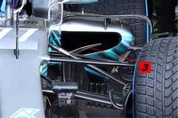 Mercedes AMG F1 W09, впускний отвір бокового понтона