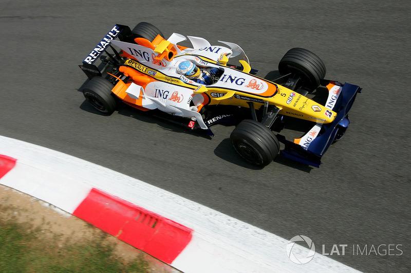 2008: Renault R28 (две победы и два подиума, 4-е место в КК)