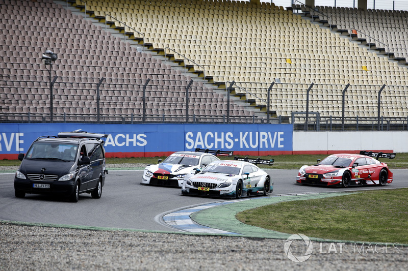 Pascal Wehrlein, Mercedes-AMG Team HWA, Mercedes-AMG C63 DTM, Marco Wittmann, BMW Team RMG, BMW M4 DTM, René Rast, Audi Sport Team Rosberg, Audi RS 5 DTM get filmed on track