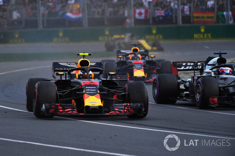 Max Verstappen, Red Bull Racing RB14 en tête-à-queue
