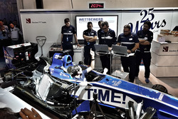 Sauber F1 Team bei der Auto Zürich am 1. November