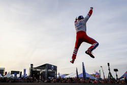 Le vainqueur Felix Rosenqvist, Mahindra Racing sur le podium